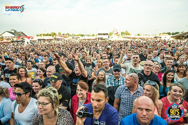 90'S SUPERSTAS FESTIVAL 2016