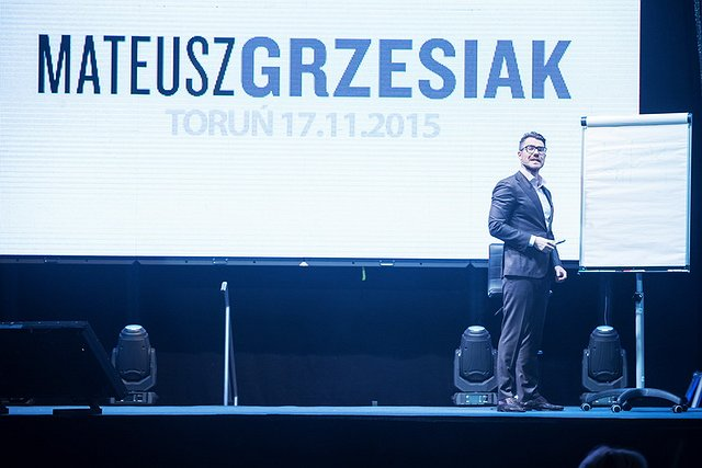 MATEUSZ GRZESIAK