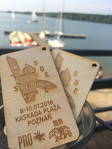 Bilet drewniany