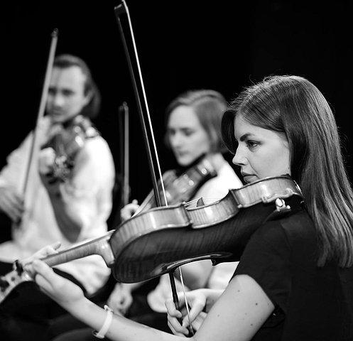 Hubert Tas & The Small Circle - koncert premierowy