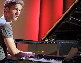 Piotr Orzechowski Pianohooligan