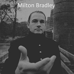 Imprezy: Milton Bradley (Alien Rain)