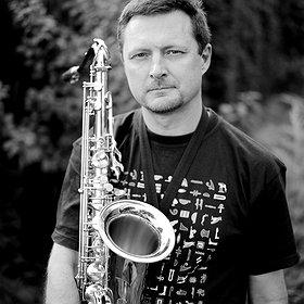 Koncerty: Jazzowa Scena Sezamu - Maciej Sikała Trio