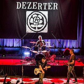 Koncerty: DEZERTER + SIKSA