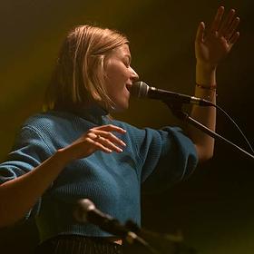 Pop / Rock: Kathia