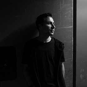 Muzyka klubowa: Analogen pres. Neel HYBRID/LIVE (Voices from the Lake, Spazio Disponibile)