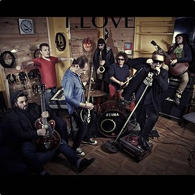 Koncerty: T. Love