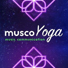 Rekreacja: 150 joginów w Tamie | Muzyczne Asany Laser Jogi